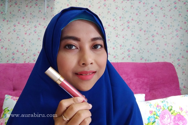 Poppy Dharsono Liquefied Matte Lip Color Shade Poppy Queen