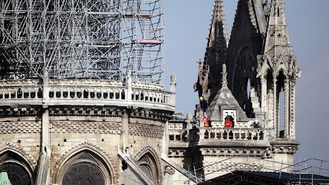 Notre-Dame - Az Ökumenikus Segélyszervezeten keresztül is lehet csatlakozni a nemzetközi összefogáshoz