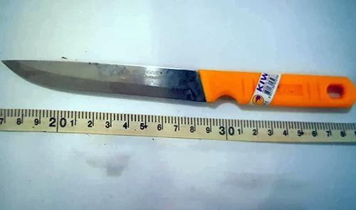 Con dao thiếu nữ 14 tuổi dùng sát hại nạn nhân