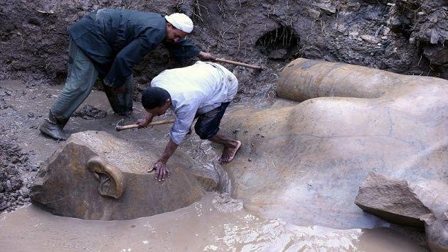 Lihat! Patung Raja Mesir Kuno Ditemukan di Aliran Tanah Penduduk Kairo