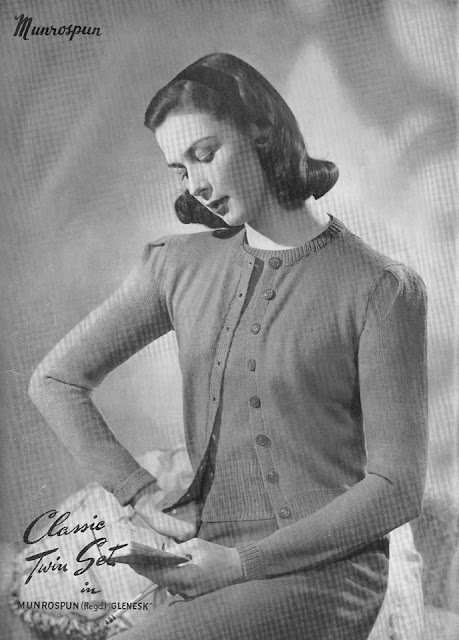 The Vintage Pattern Files: Free 1940's Knitting Pattern - Munrospun Knitting Book