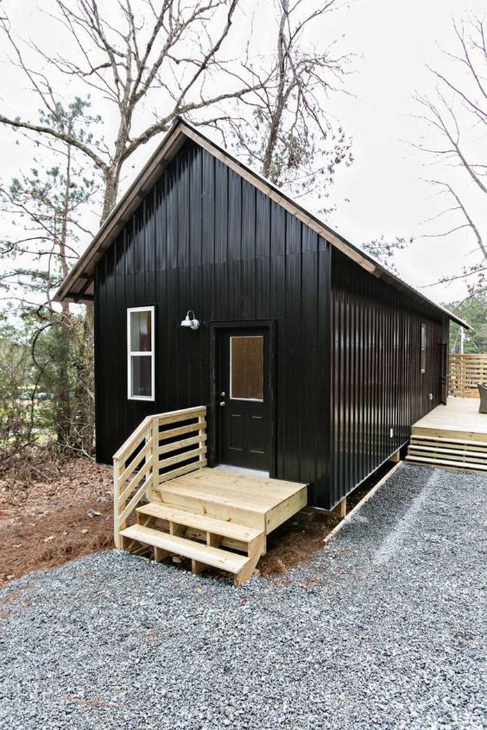 9 Summer House Ideas Under $30K | Poppytalk