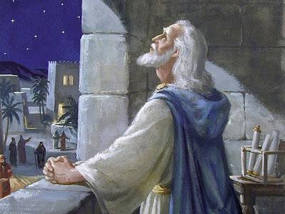 Resultado de imagem para daniel the prophet praying