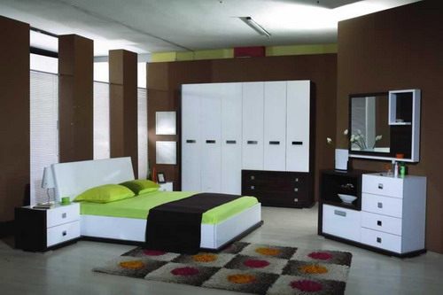 increase your bedroom storage space using bedroom wall