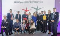 http://www.advertiser-serbia.com/amcham-dodeljene-nagrade-lider-promena-2/