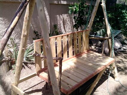 Swings Made With Pallets Tutorial 7