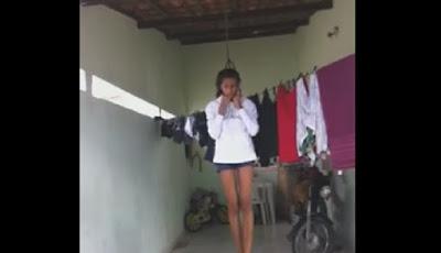 Seorang gadis bersiap bunuh diri