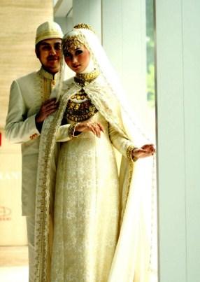 contoh baju kebaya pengantin