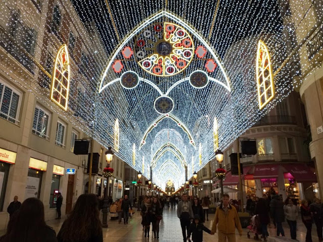 christmas-light-show-malaga