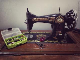 mesin jahit klasik, mesin jahit lawas, mesin jahit kuno, mesin jahit standar, mesin jahit butterfly, sewing machine, mesin jahit, mesin jahit nenek