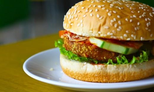 Resep Membuat Burger Ayam Crispy Rumahan