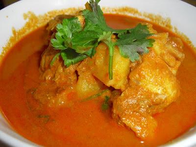Resep Kari Ayam Spesial Serasa Masakan Restoran Ternama