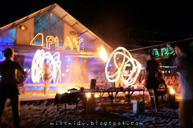 watching fire dance in phiphi island