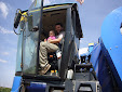 New Holland VX7090 Grape Harvester. Working in El Provencio