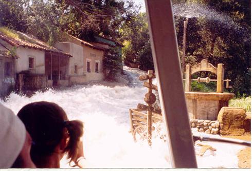 Flash flood in hollywood - 3 10