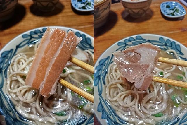 三枚肉と赤身肉の写真