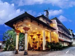 Kenyartaan Tarif Murah Imperium Hotel Bandung