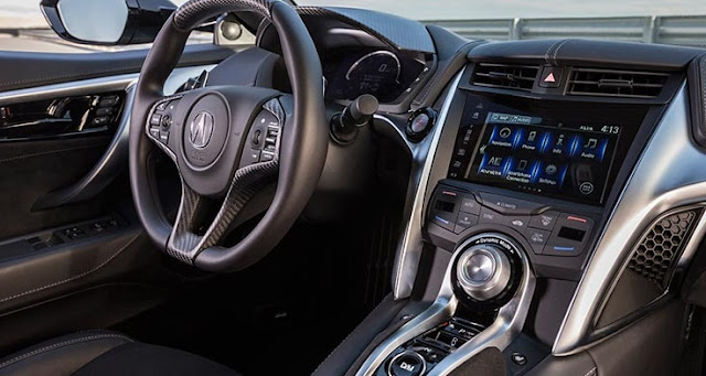 2017 interior Acura NSX Hybrid Is the Friendly Supercar