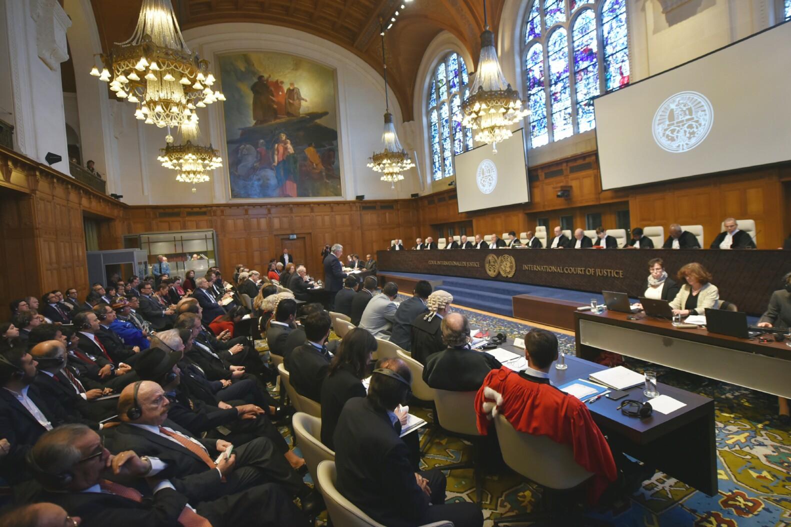 15 jueces escucharán a los siete abogados bolivianos y su agente marítimo entre lunes y martes / ABI