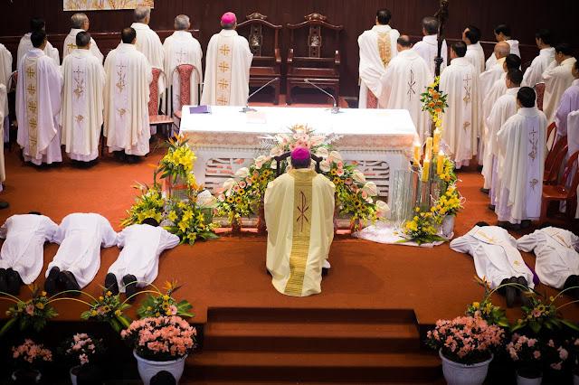 Lễ truyền chức Phó tế và Linh mục tại Giáo phận Lạng Sơn Cao Bằng 27.12.2017 - Ảnh minh hoạ 13