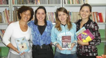 PROFª DARCI E FILHAS