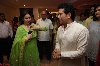 Sachin Tendulkar with his wife at Mata ka Jagrata hosted by Anu Malik 11.JPG