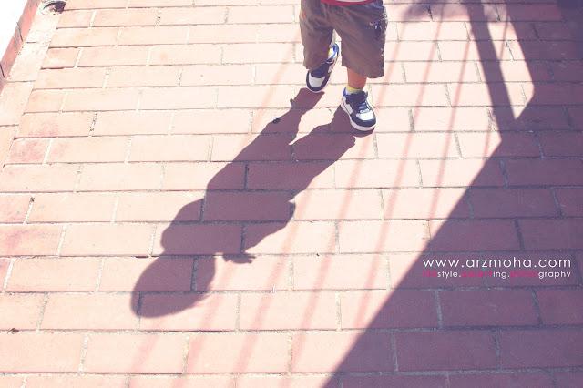 gambar kanak-kanak berjalan, gambar bayang-bayang, kanak-kanak, kids, kids and shadow, blogwalking, gambar cantik,