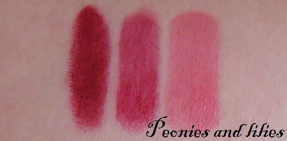 Sleek true colour lipstick in Cranberry, Pixi tinted brillance balm in Bitten berry, 17 mirror shine lipstick in Roasted red, Sleek true colour lipstick swatches, Pixi tinted brillance balm in bitten berry swatches, 17 mirror shine lipstick in roasted red swatches, Autumn/Winter lip colours, sleek cranberry lipstick, Pixi bitten berry, 17 roasted red lipstick