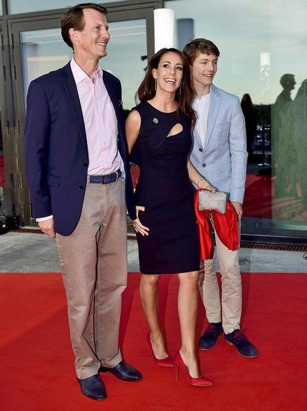 Crown Princess Mary wore ETRO Fluorite printed silk dress, and Aquazzura X Poppy Delevingne Leather Moonlight Sandals. Princess Marie