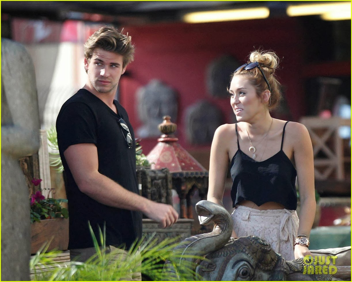 miley cyrus and liam hemsworth still dating 2013