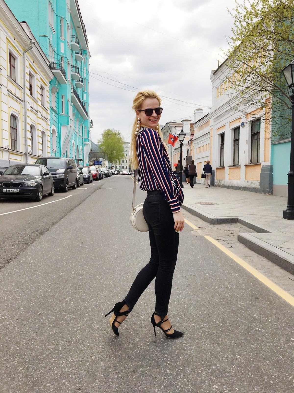 модные образы, блог costa de la moda, модный блог, модные джинсы лето, туфли с ремешками фото, модный лук