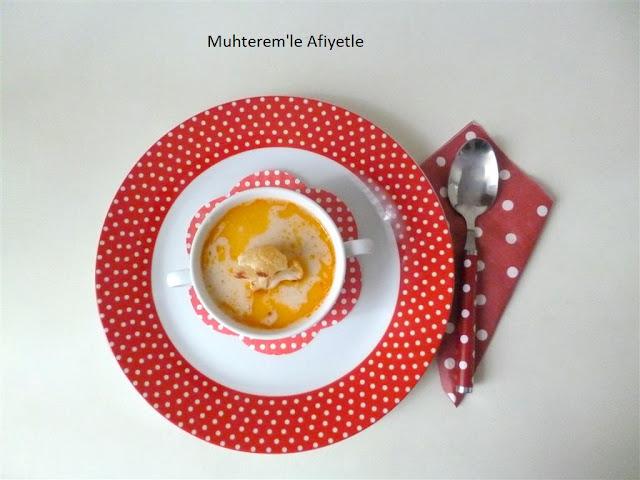 Közlenmiş karnabahar çorbası