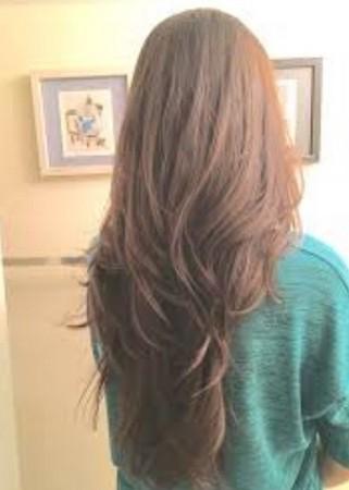 Potongan Rambut V-Line Layer