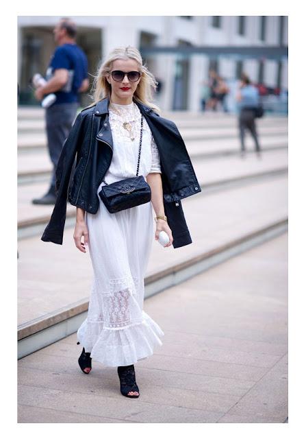 Белое макси платье с косухой