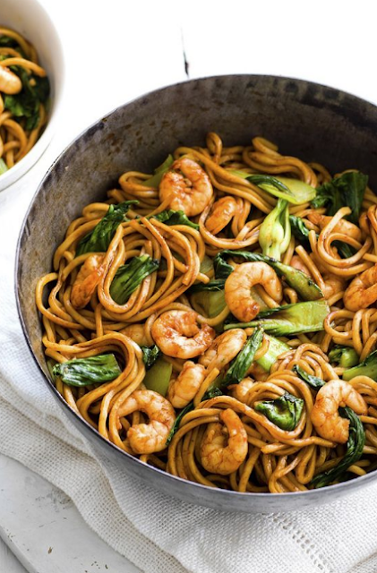 One-pot prawn and noodle stir-fry recipe