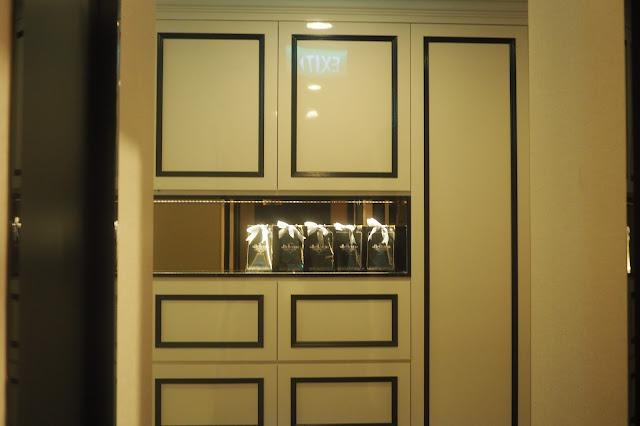 orchard facial room interior design