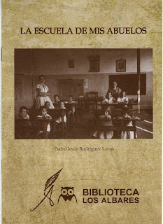 http://issuu.com/biblioalbaresieslosalbares/docs/pubweb?e=13964807/12982436