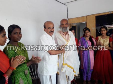 Kerala, News, Kasargod, Nileshwaram, Reception, Dr. T M Surendranath felicitated.