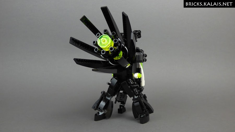 2. Blacktron BT4-D0D0 - quadruped mecha - backside view