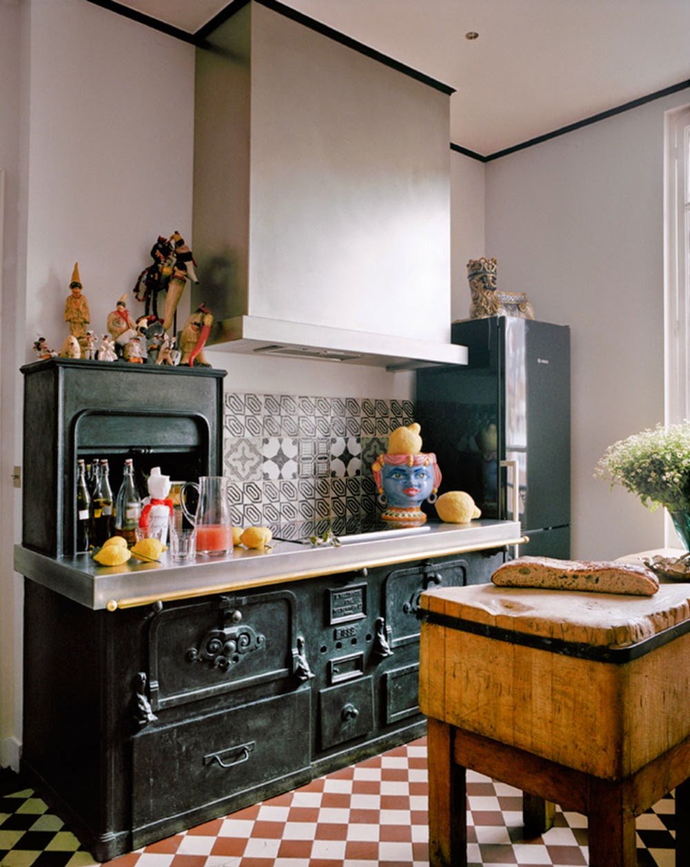 parisian kitchen design giambattista valli apartment in 1415
