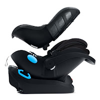 Clek Liing car seat has a 2 stage infant insert included