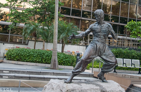 Bruce Lee en Hong Kong. Recorrido de 17 dias por China