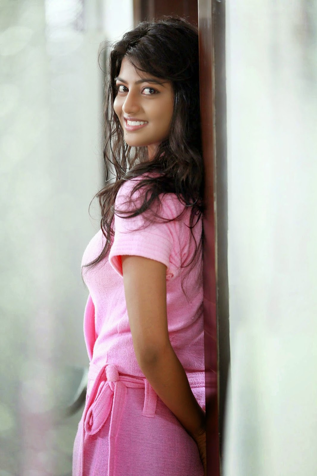 rakshitha hd wallpapers download - hot actress of south - actress host