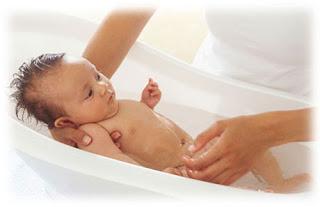 Proteccion natural de la piel, ba�o del bebe