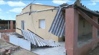 Vendaval destrói casa e deixa três feridos no Sertão da Paraíba
