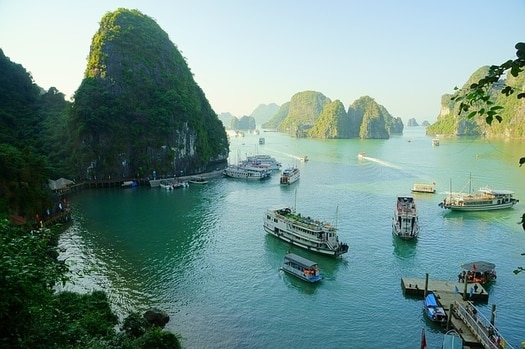 www.yourtravel.ooo-ustria-or-vietnaam-which-country-should-you-visit-for-the-perfect-holiday