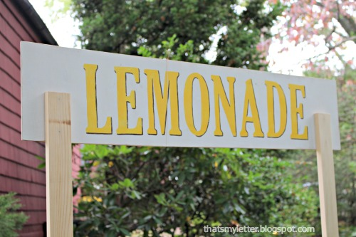 diy lemonade sign