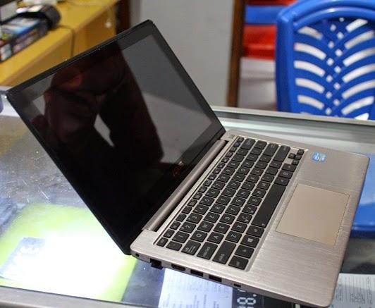 harga laptop asus vivobook touchscreen