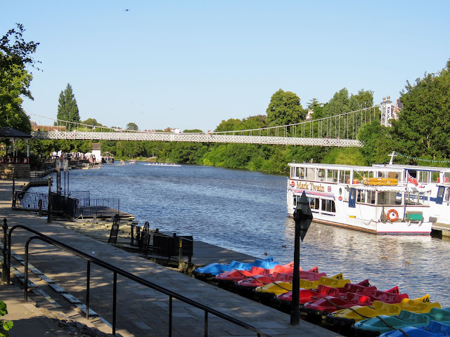 Things to do in Chester England: Walk along the River Dee