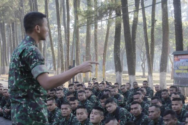 Jam Danyonif PR 502 Kostrad : Netralitas Harga Mati Bagi TNI